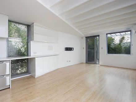 House - 90 Woolwich Street,...