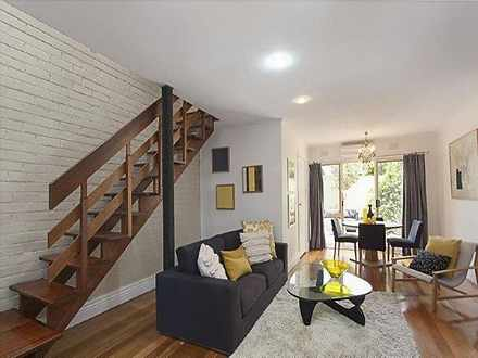 Townhouse - 2/58 Middle Roa...