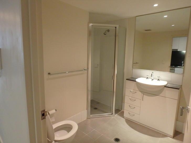 Bathroom 1574321005 primary