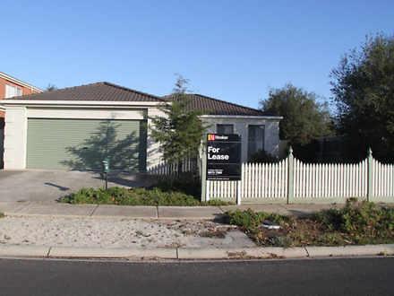 House - 33 Kingfisher Drive...