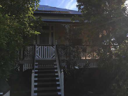 House - 115 Churchill Stree...