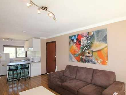 House - 22/4 Minora Place, ...