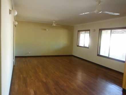 E627afe7a31799aa85c7464b 29 eucalyptus living room 5179 5ddb7d5017b1c 1585898884 thumbnail