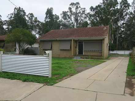 House - 80 Carr Crescent, M...