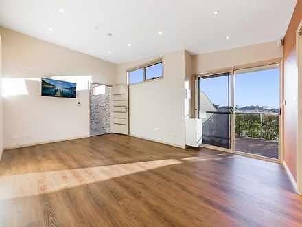 Apartment - 6A Hannah Avenu...
