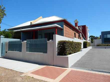 House - 367 Stirling Street...