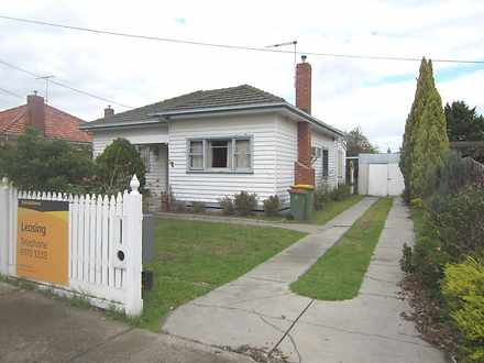 House - 33 Fisher Street, M...