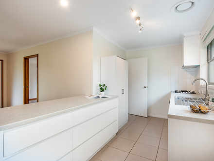 House - 10 Curlew Court, Mo...