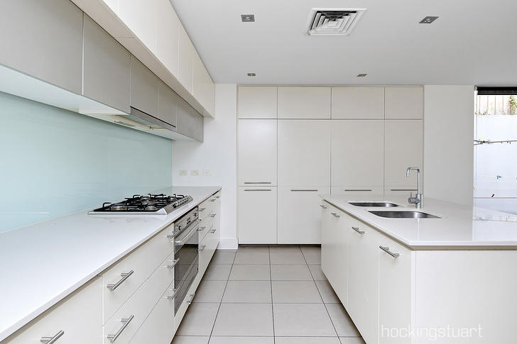 2/10 Harrison Crescent, Hawthorn 3122, VIC Townhouse Photo