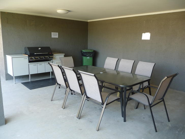 5c8c055feac09b3998c090db uploads 2f1569825619441 d1bcnivayhd ac8e4fef19bdf5dbad0c02c988eede88 2fcovered bbq area with 8 seat setting 1575337449 primary