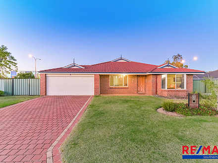 House - 26 Woodside Loop, B...