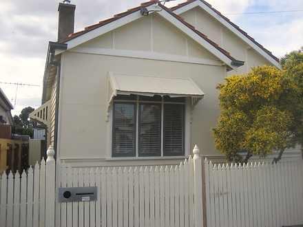 House - 34 Pilgrim Street, ...