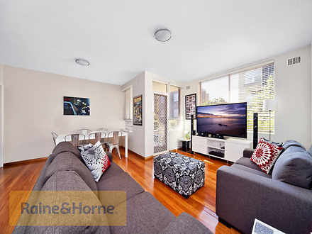 Apartment - 3/64 Lyons Road...