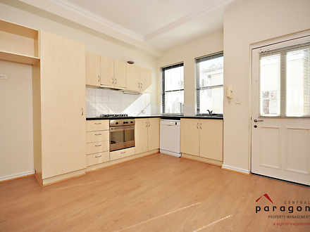 Townhouse - 9/145 Roberts R...