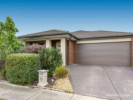 House - 10 Shorey Place, Cr...