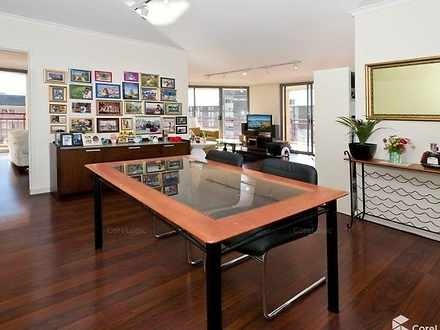 Apartment - 72/243-253 Anza...
