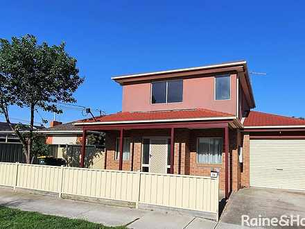 Townhouse - 2A Cleveland St...