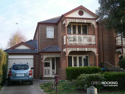 House - 54 The Promenade, P...