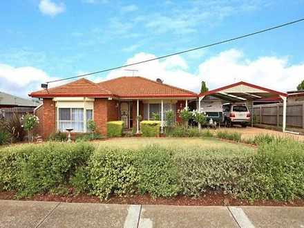 House - 29 Victoria Road, S...
