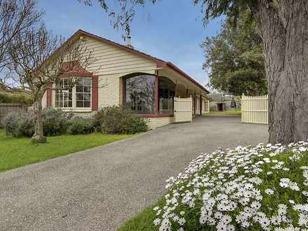 House - 25 Barrabool Road, ...