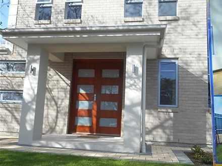 House - 30 Portland Road, S...