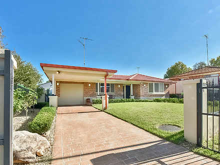 House - 4 Moore Place, Curr...