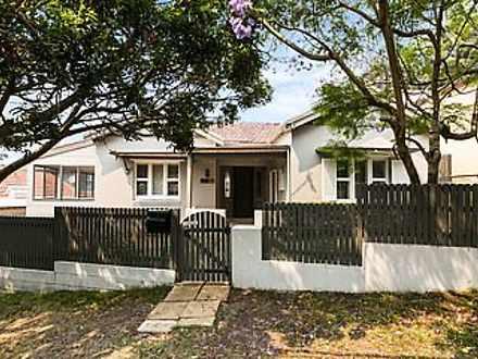 House - 11 Farnham Avenue, ...