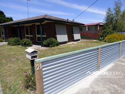 House - 21 Hazelwood Road, ...