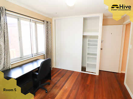 Room 5 3 1575945616 thumbnail