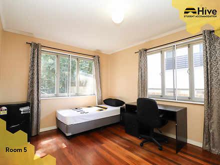 Room 5 1 1575945616 thumbnail