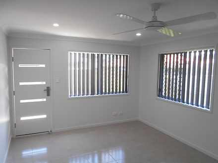 Unit - 2/8 Bonney Close, Mo...