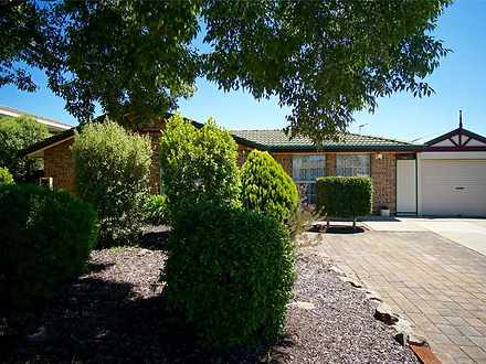 House - 12 Old Tawny Close,...