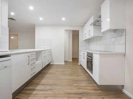 House - 12 Bateman Court, M...