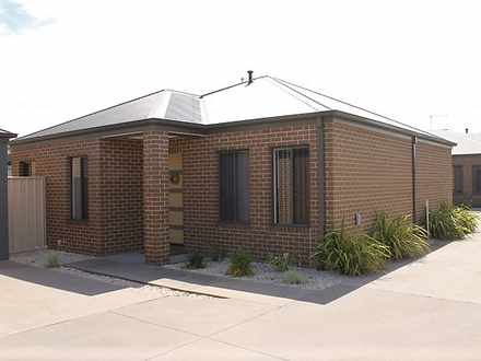 Townhouse - 2/94 Mitchell S...