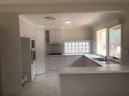 House - 44 White Cedar Driv...