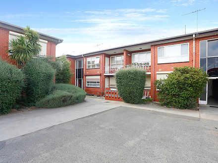 Unit - 27/437 Ballarat Road...
