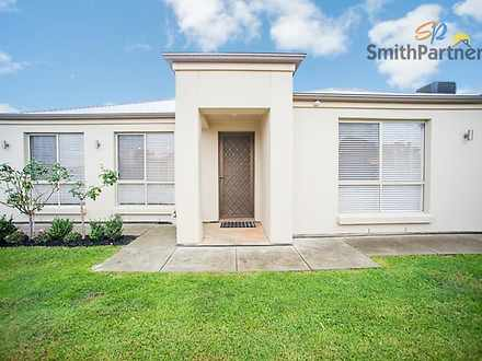 House - 4 Avocet Street, Ho...