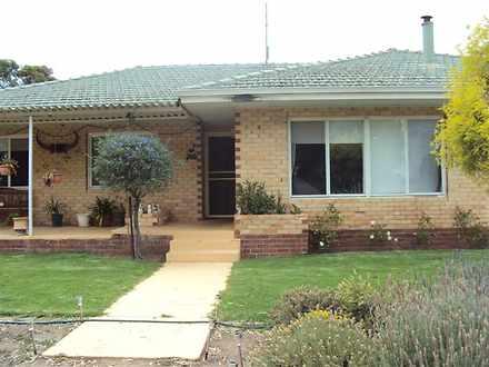 House - 516 Dorakin Road, W...