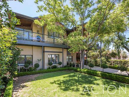 House - 111 Victoria Avenue...