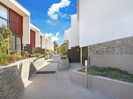 Townhouse - 3-9 Madeira Str...