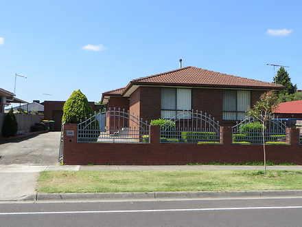 House - 74 Moorhead Drive, ...