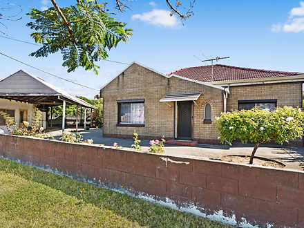 House - 702 Torrens Road, P...