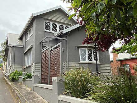 House - 16 Queen Street, Bu...