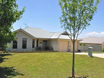 House - 13 Carlyle Avenue, ...