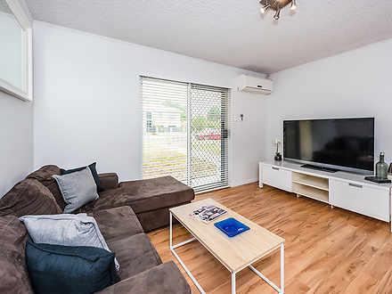 Apartment - 1/12 Banksia St...