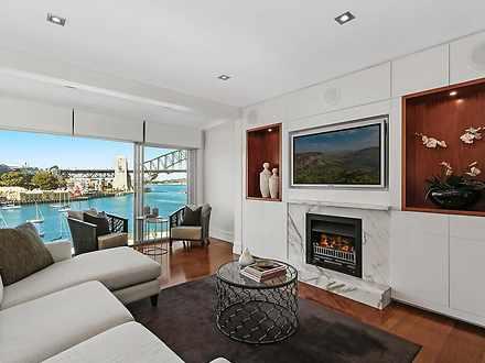 Apartment - 7/15 East Cresc...