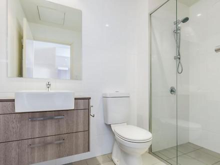 Bathroom 1576726814 thumbnail