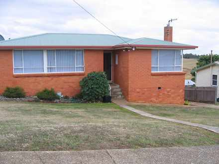 House - 92 Stirling Street,...