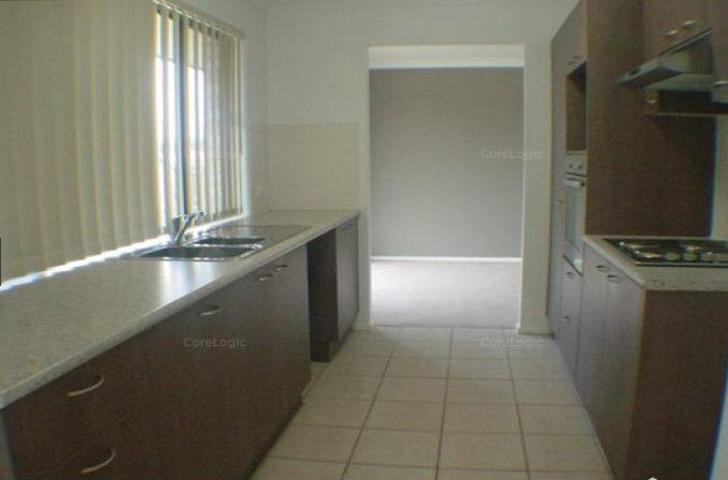 E42080134334fd67eb4ac5ea 5579 kitchen 1576829877 primary