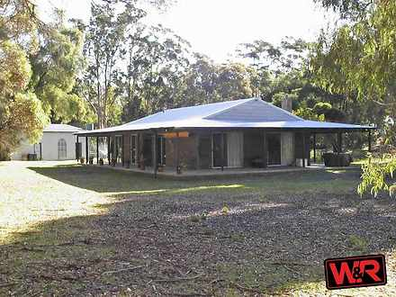 House - 184 North Road, Ell...